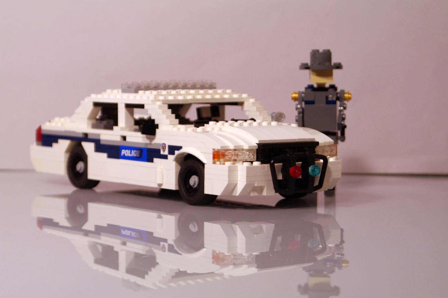 ford_crown_victoria_washington_police_17.jpg