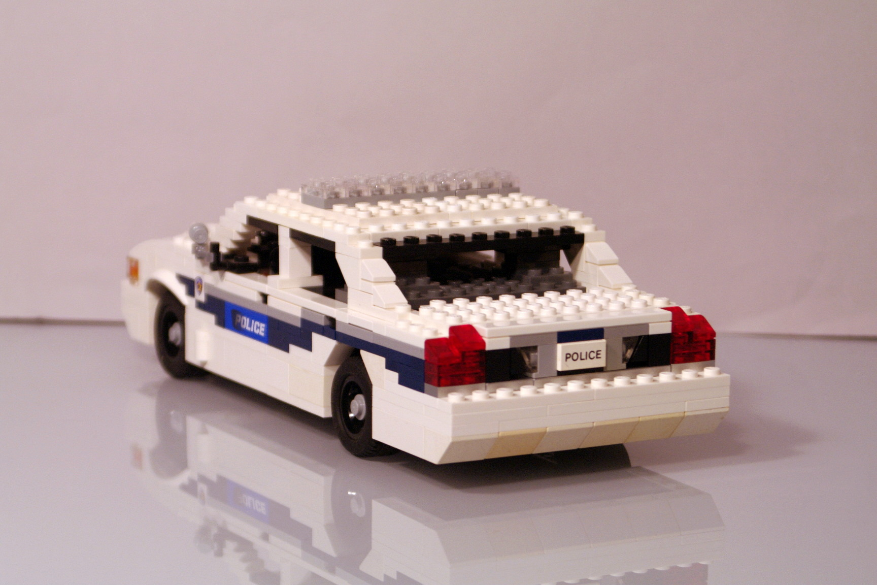 ford_crown_victoria_washington_police_32.jpg