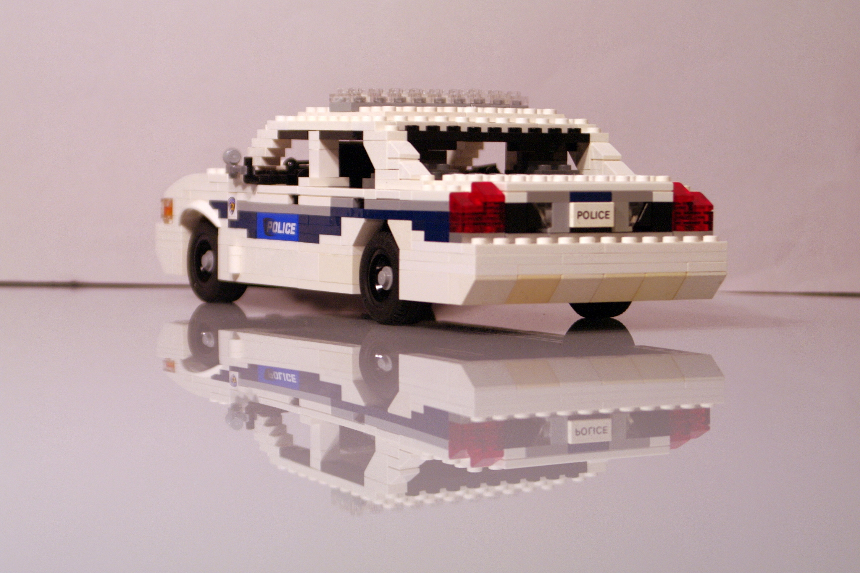 ford_crown_victoria_washington_police_33.jpg