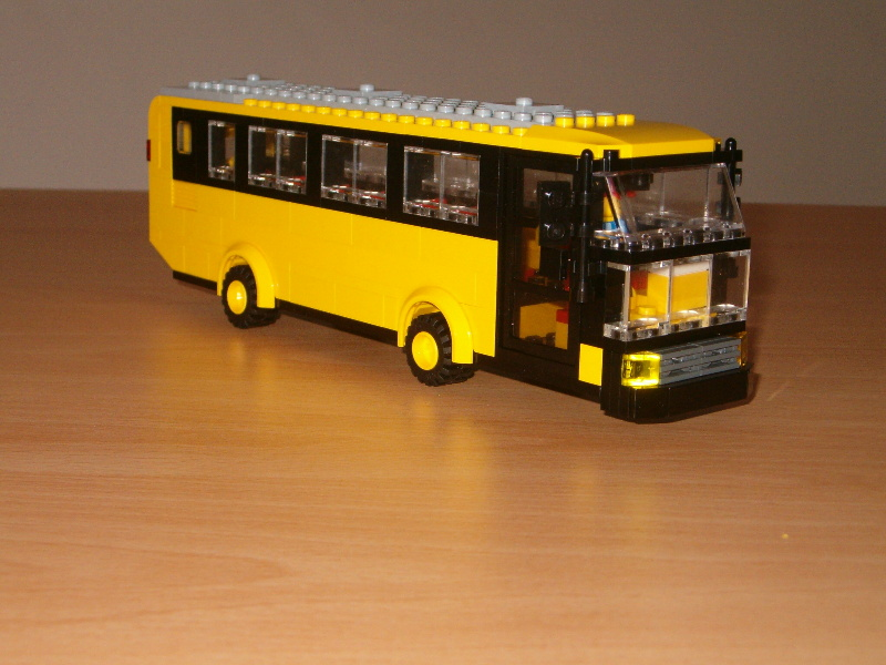 yellow_bus_01.jpg