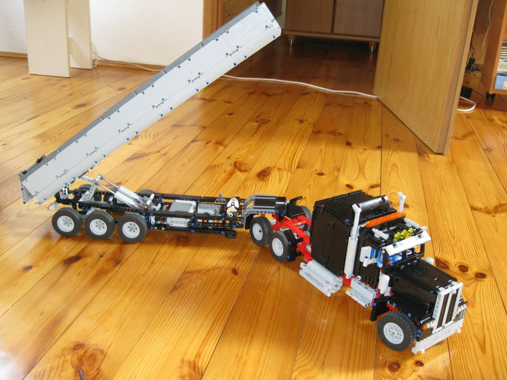 remote control semi trucks for sale with Index on 20 Strange Rc Vehicles That Will Make You Say Huh as well Siku Scania R620 Topline Rc Truck furthermore 2015 Hino 338 Nrc 60250 besides Watch furthermore Everybodys Scalin For The Weekend Viva La Mega Truck.