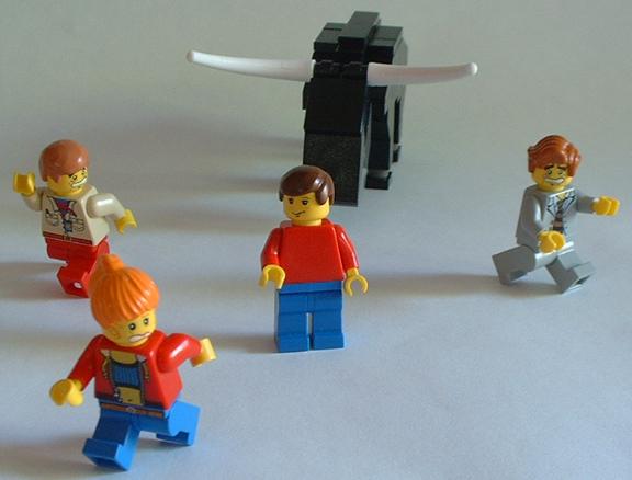 http://www.brickshelf.com/gallery/lordofthelego/Misc/Bull/bull1.jpg