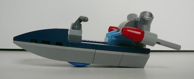 speedboat_left.jpg