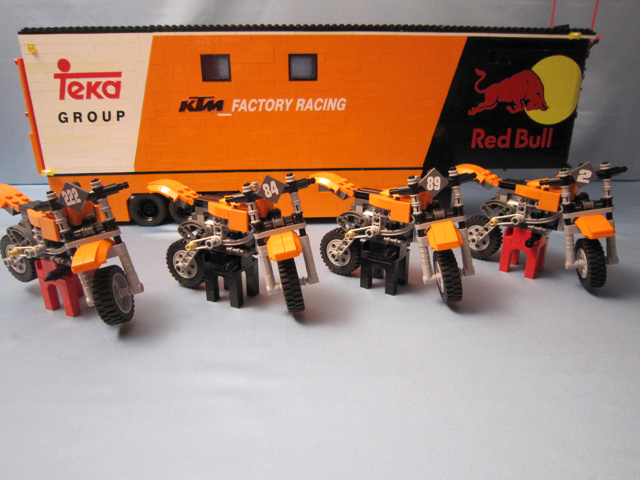 tribute_ktm_factory_racing_028.jpg