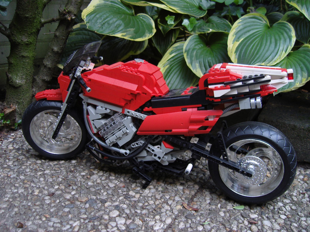 50 Of The Most Amazing Lego Model Creations