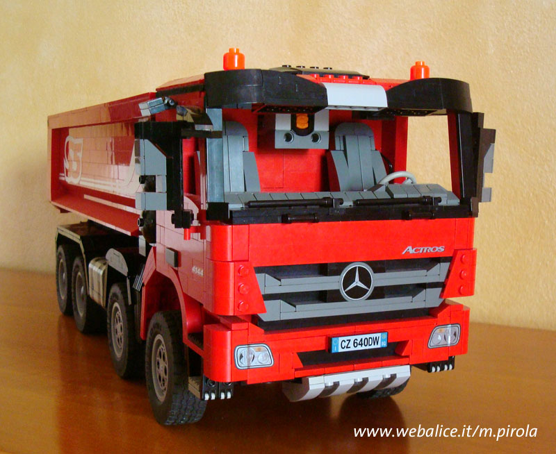 marco pirola 39 s lego technic mercedes benz actros 8x4 lego technic and model team eurobricks. Black Bedroom Furniture Sets. Home Design Ideas