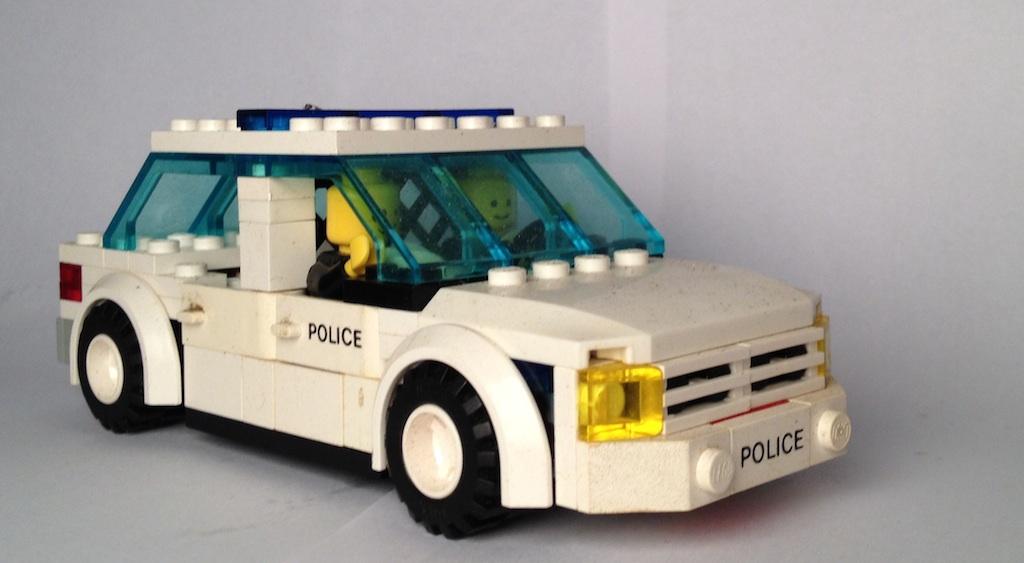 lego_police_front.jpg