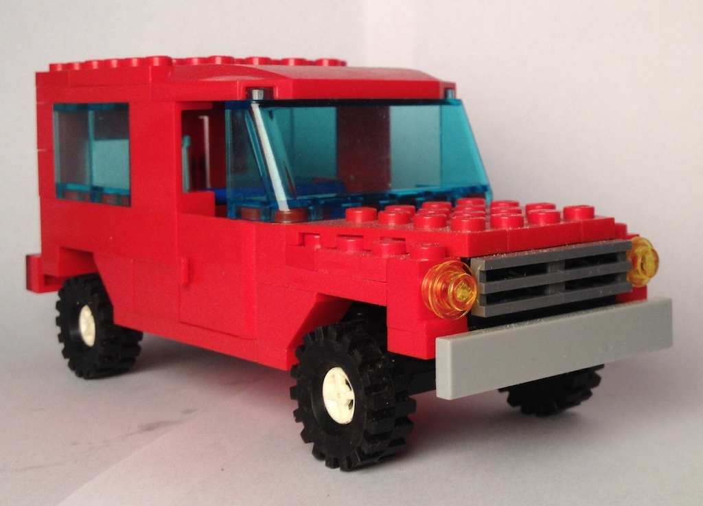lego_red_mercedes_gd_front.jpg