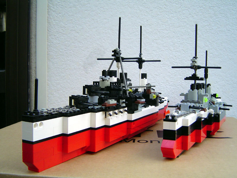 battleship_and_armored_cruiser.jpg