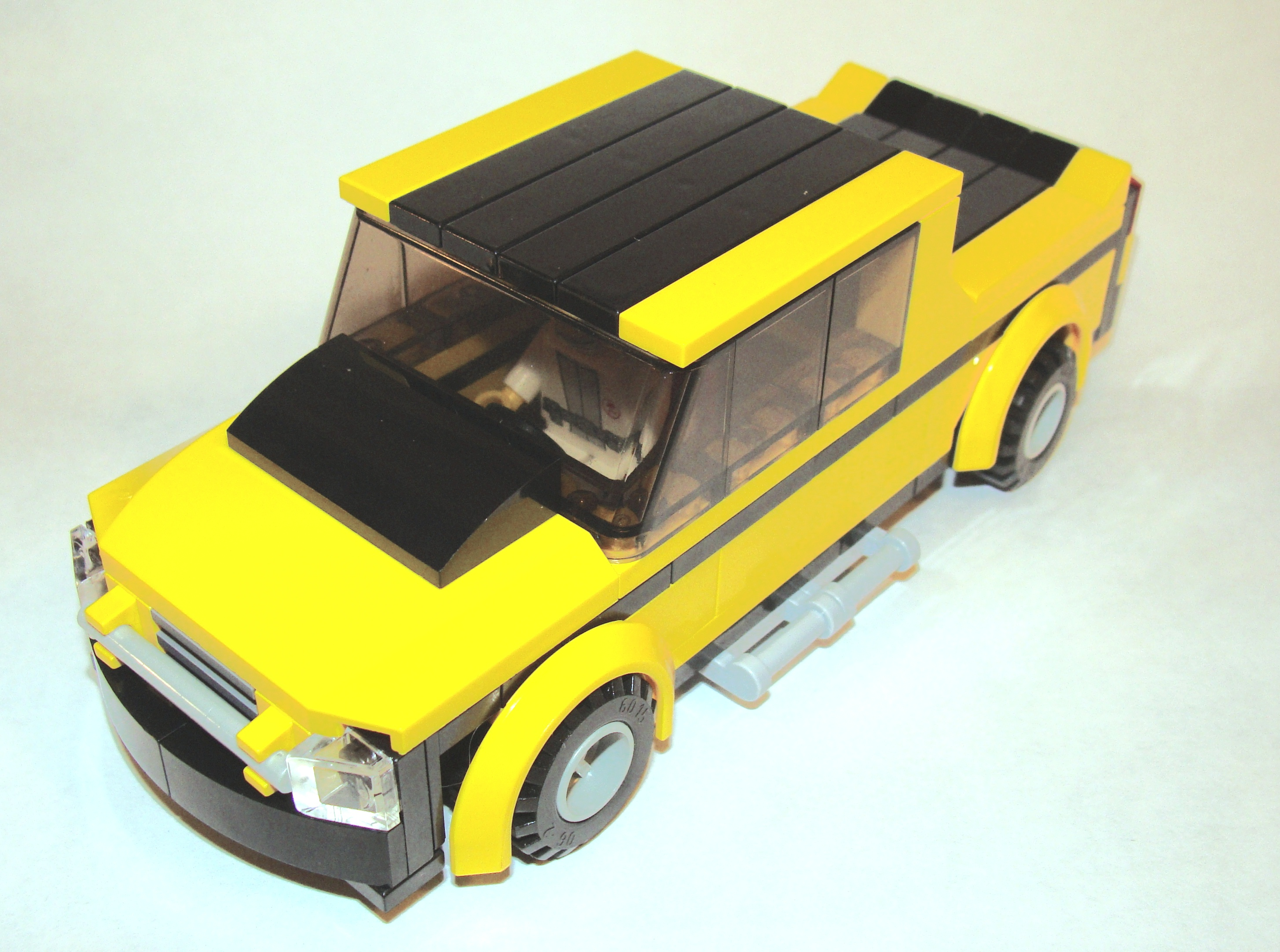 black_yellow_pick_up_6_wide_front_angled_2.jpg