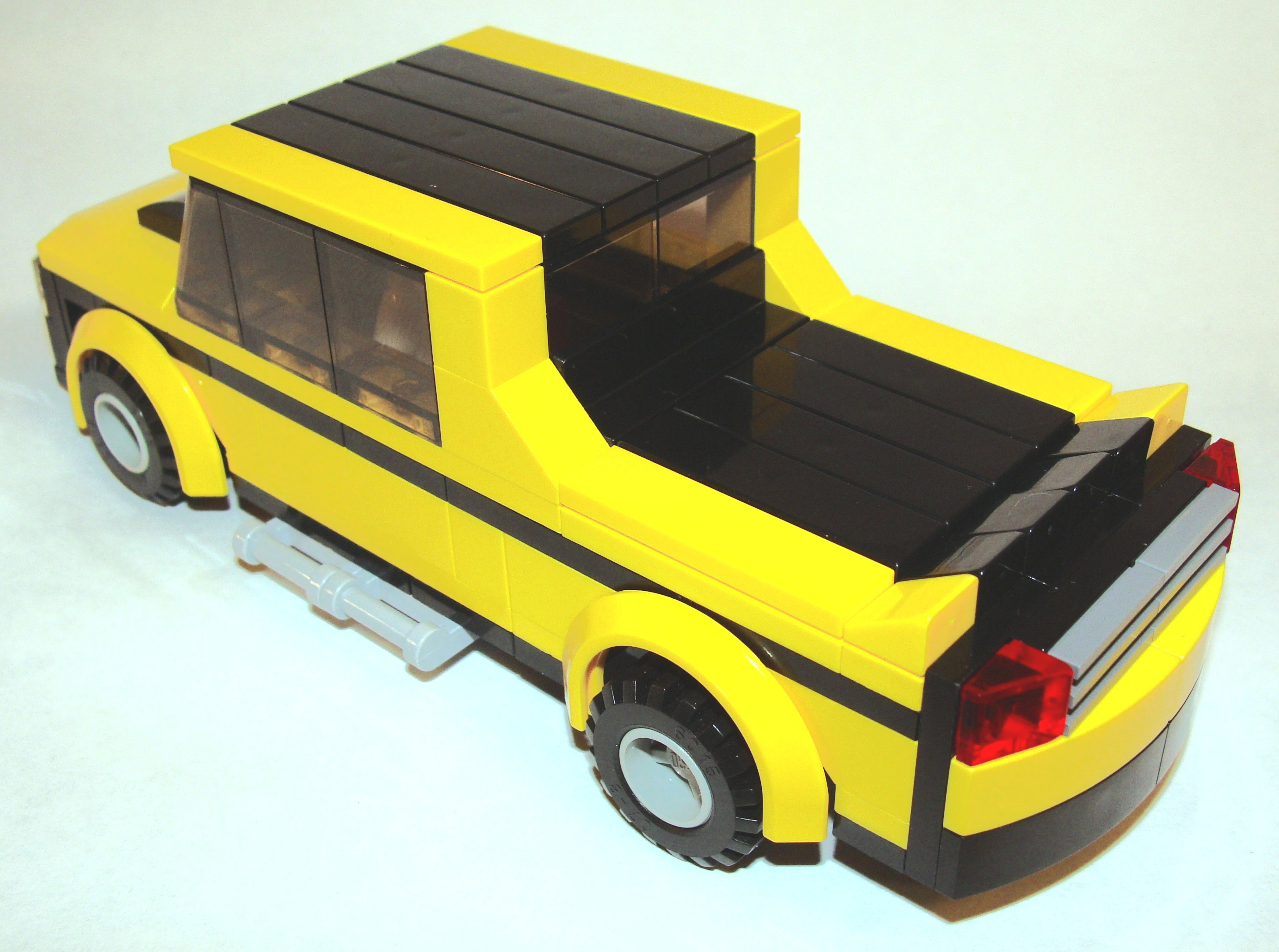 black_yellow_pick_up_6_wide_rear_angled.jpg