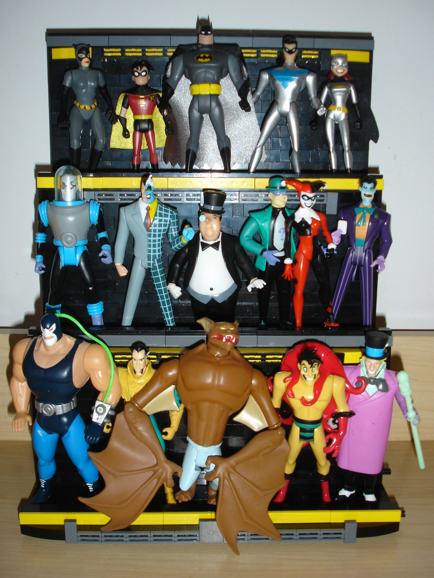 action_figure_display_front_figures.jpg