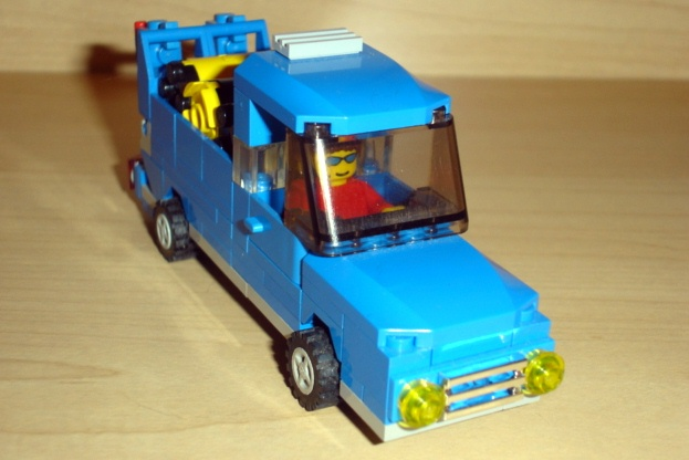 blue_pick_up_front_angled.jpg