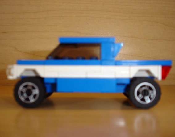 blue_white_pick_up_racer_profile.jpg