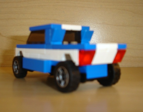 blue_white_pick_up_racer_raer_angled.jpg