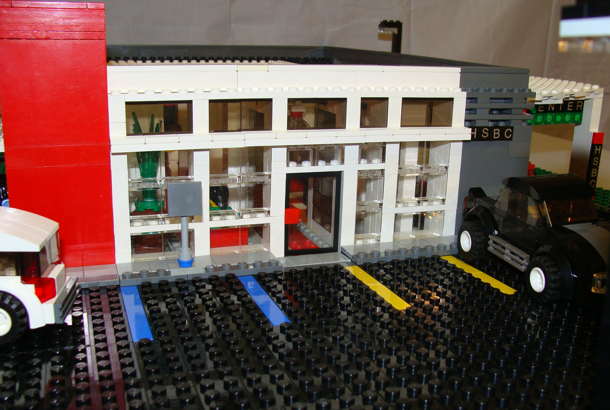 lego_hsbc_eagle_eye_drive_thru_entrance.jpg