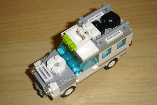 white_utility_truck_eagle_eye.jpg