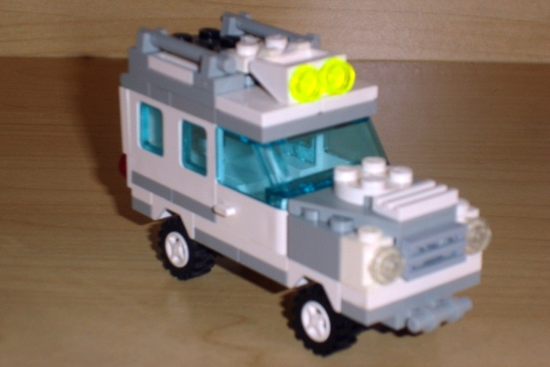 white_utility_truck_front_angled.jpg