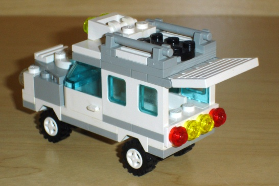 white_utility_truck_rear_open.jpg