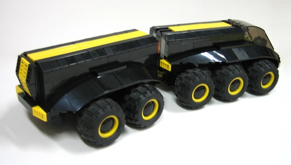 blacktron_mover_02_peq.jpg