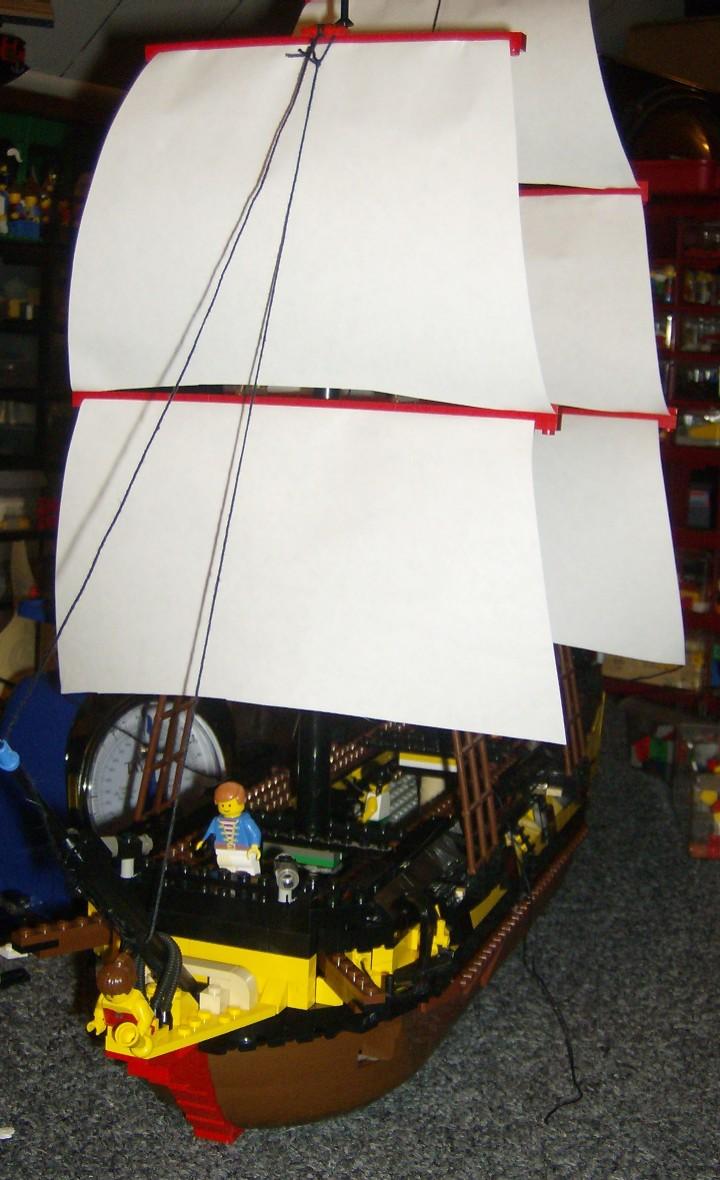 hmscbow.w.sails.jpg