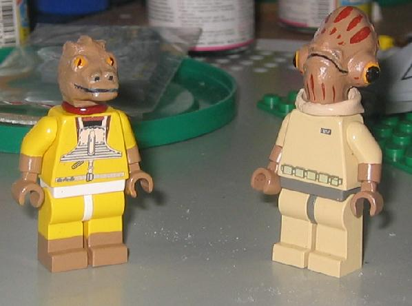 bossk_and_mon_calamari_officer.jpg