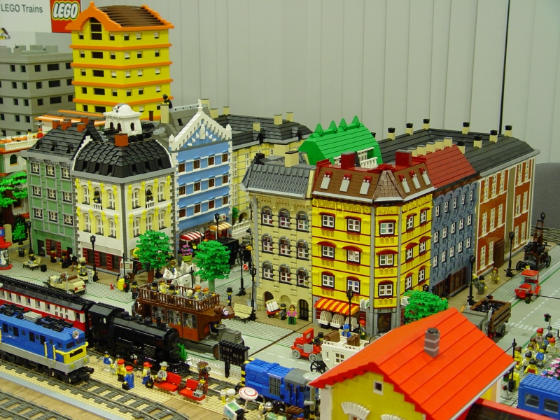 Brick Town Talk: October 2007 - LEGO Town, Architecture, Building ...