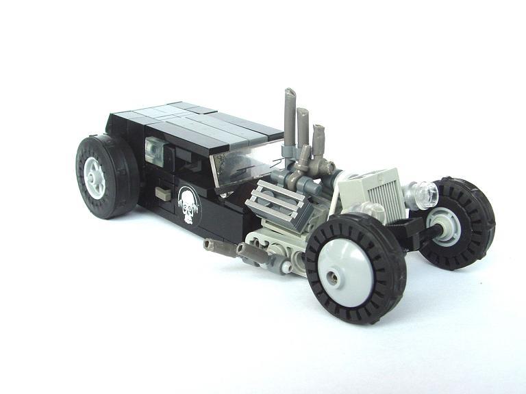 http://www.brickshelf.com/gallery/pitrek02/Cars/BlackDream/dscf0275.jpg