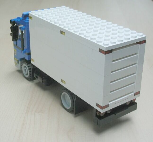 delivery-truck-2-3.jpg