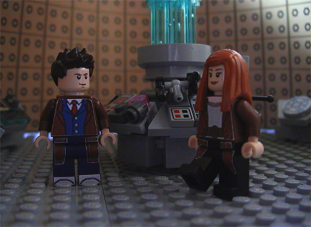 ten_and_donna_in_the_tardis.jpg
