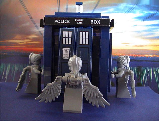 the_angels_takes_the_phone_box.jpg