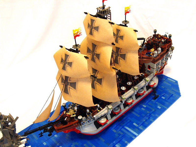 battle-ship-ironcross04.jpg