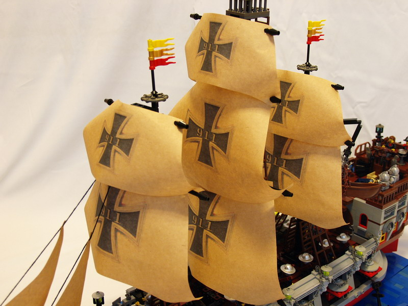 battle-ship-ironcross13.jpg