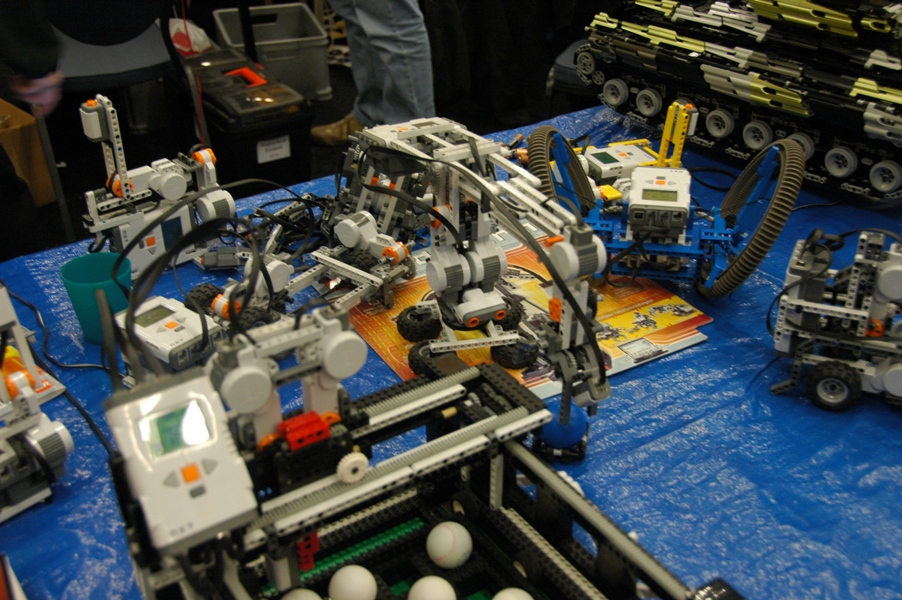 dsc_1676-more-mindstorms-models.jpg