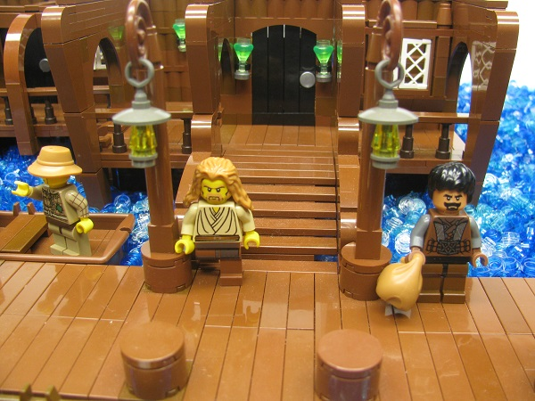 docks_-_tavern_entrance_close-up.jpg