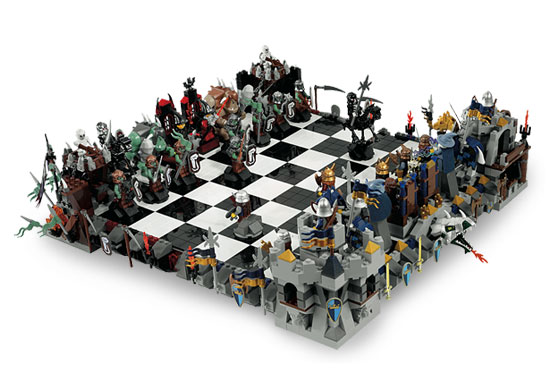 castle_chess_set_2.jpg