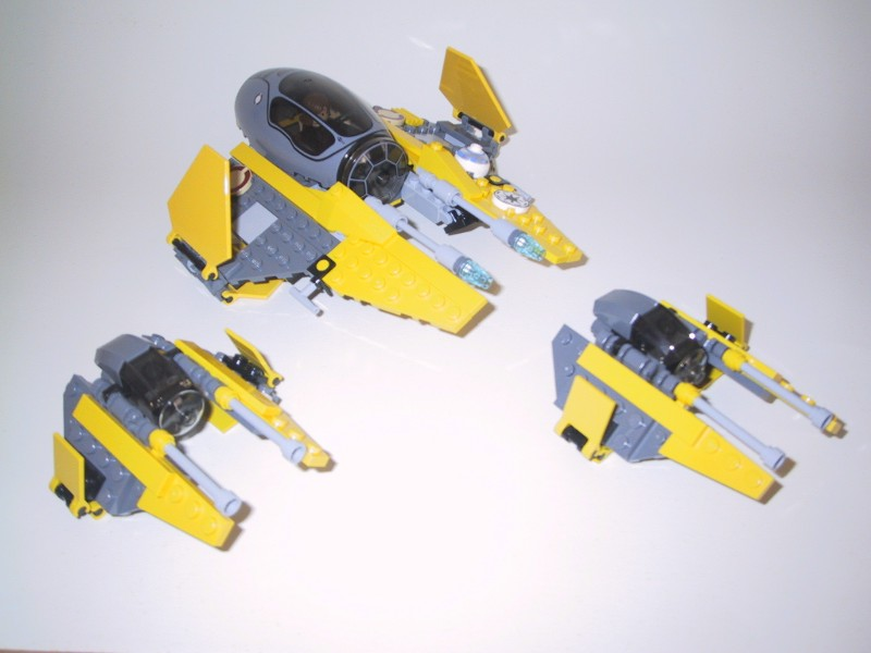 starwars_jedistarfighter_7256_and_mini_6966.jpg