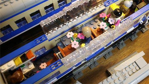 http://www.brickshelf.com/gallery/sekiyama/clocodile/DRG-DB-DR-DBAG/Rheingold1962/DomeCar/z2_adm101_33.jpg