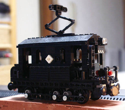 http://www.brickshelf.com/gallery/sekiyama/clocodile/JNR/EC40/zver1_teki512_17.jpg