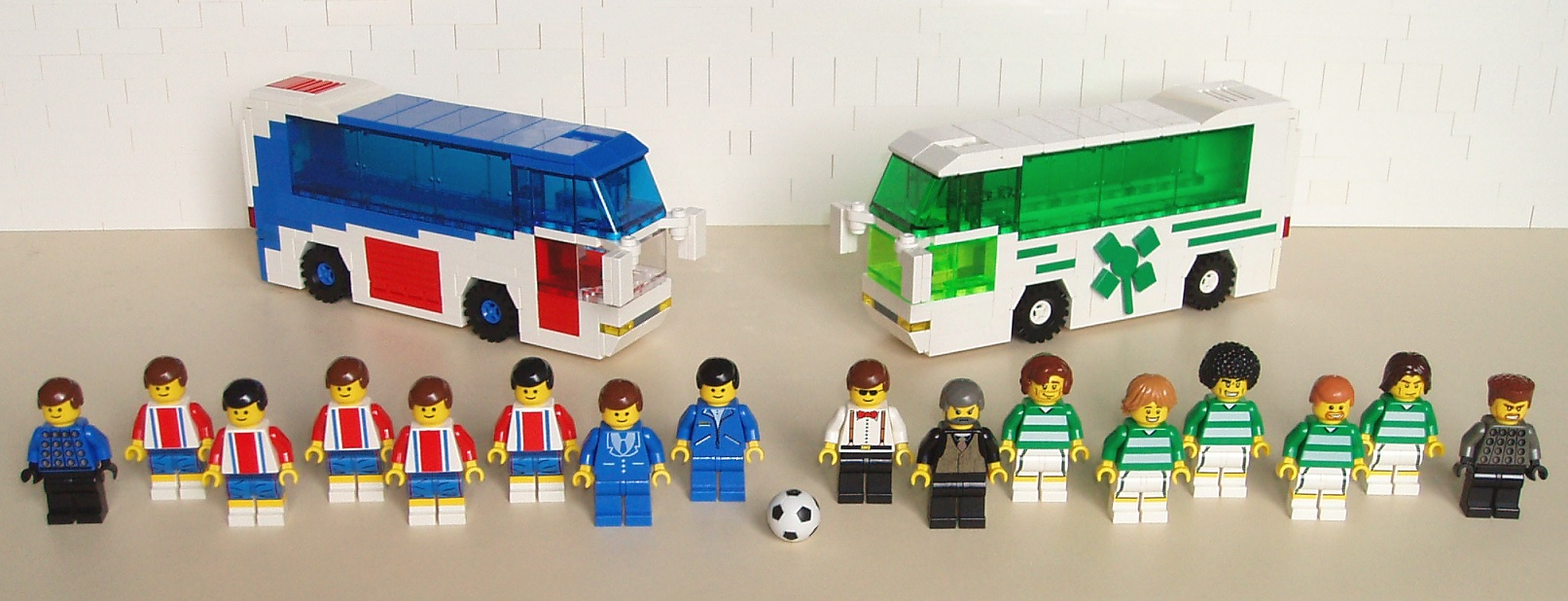 sfzdk_-_soccer_10_-_football_team_buses_06.jpg