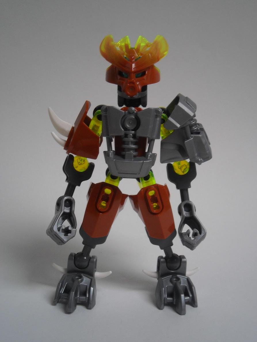 [Revue] LEGO Bionicle 70779 : Protecteur de la Pierre Pb240075