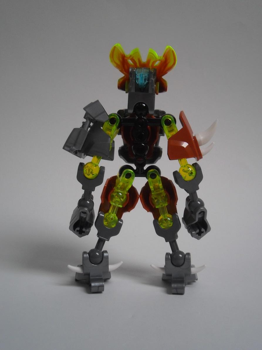 [Revue] LEGO Bionicle 70779 : Protecteur de la Pierre Pb240080