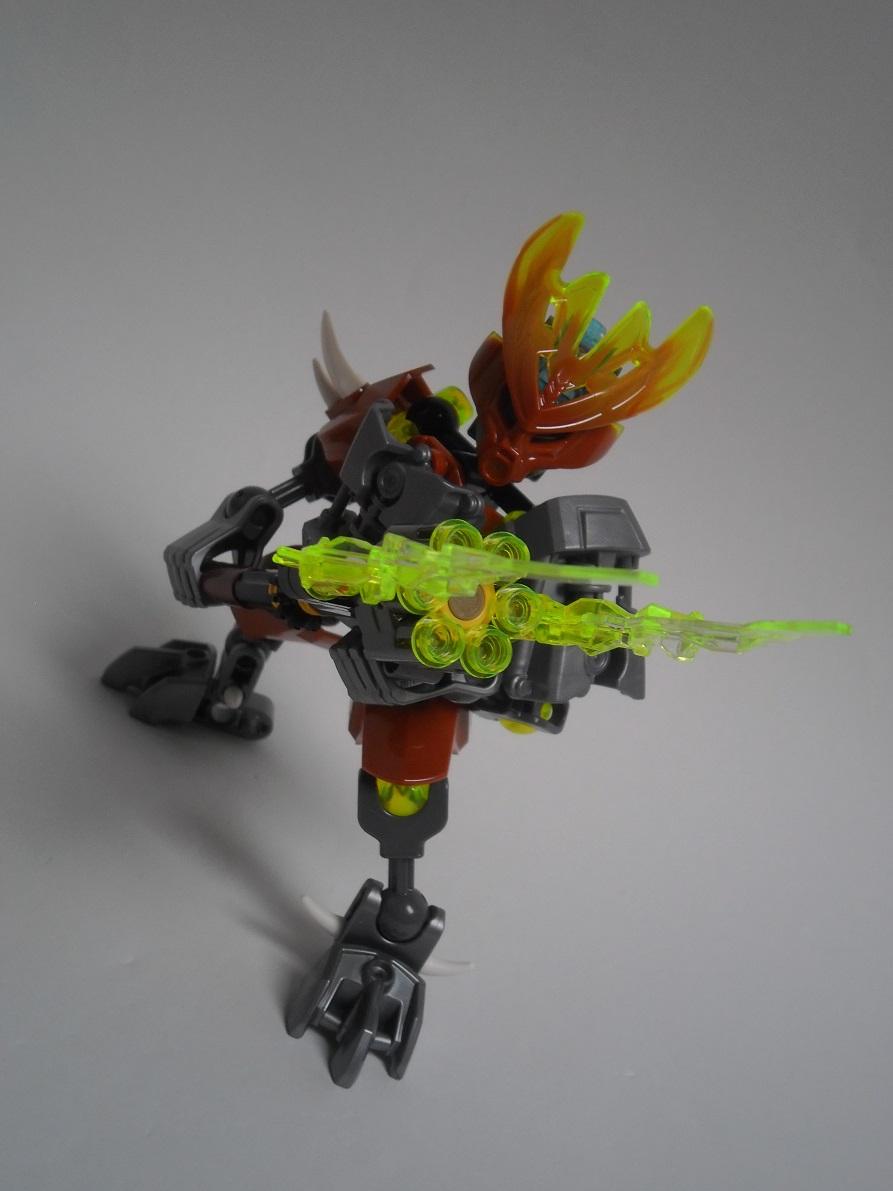 [Revue] LEGO Bionicle 70779 : Protecteur de la Pierre Pb240108