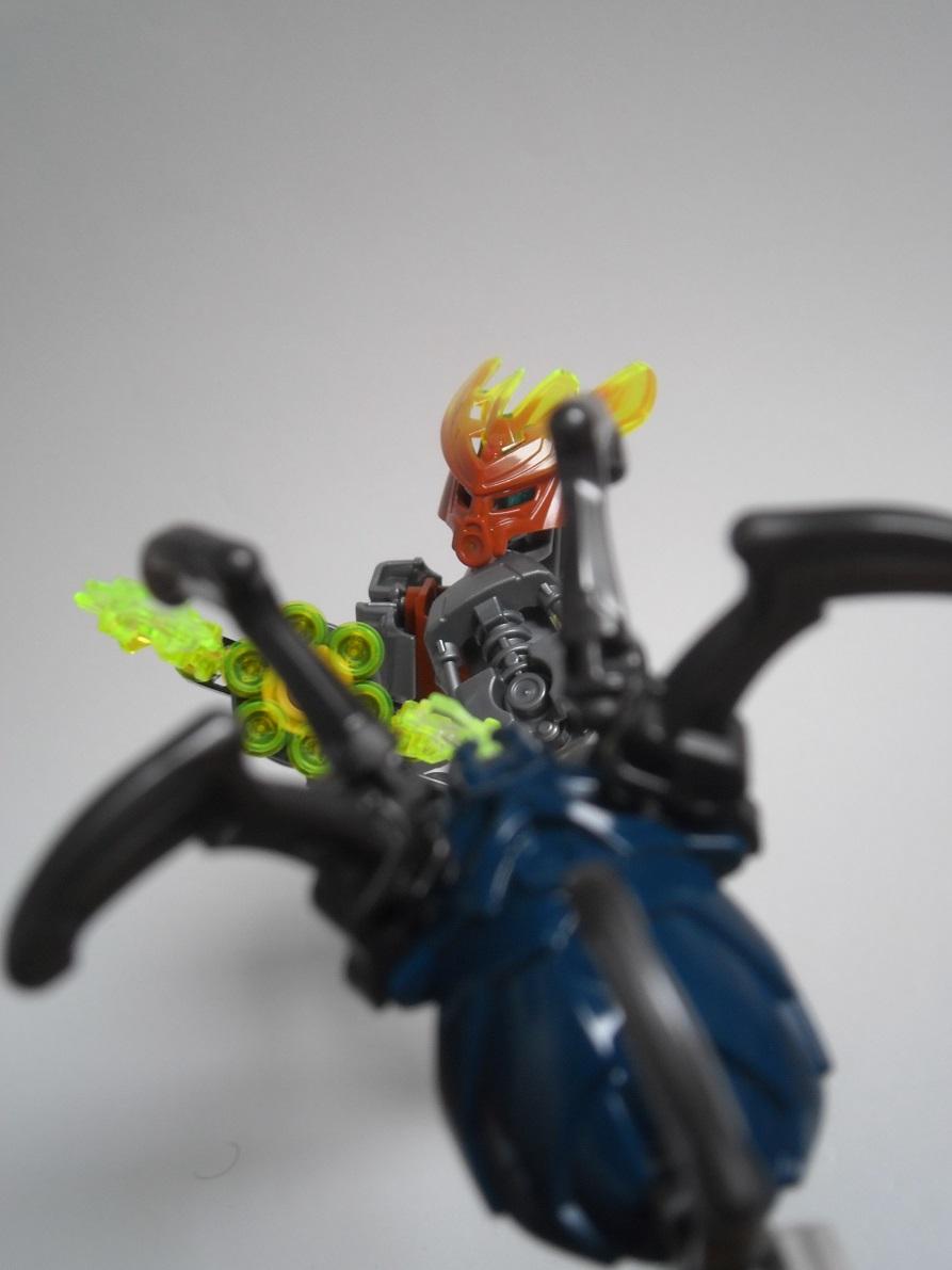 [Revue] LEGO Bionicle 70779 : Protecteur de la Pierre Pb240124