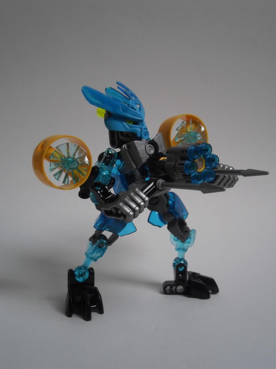 [Revue] LEGO Bionicle 70780 : Protecteur de l'Eau Pb240117