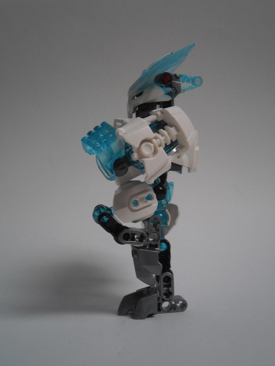 [Revue] LEGO Bionicle 70782 : Protecteur de la Glace Pb260085