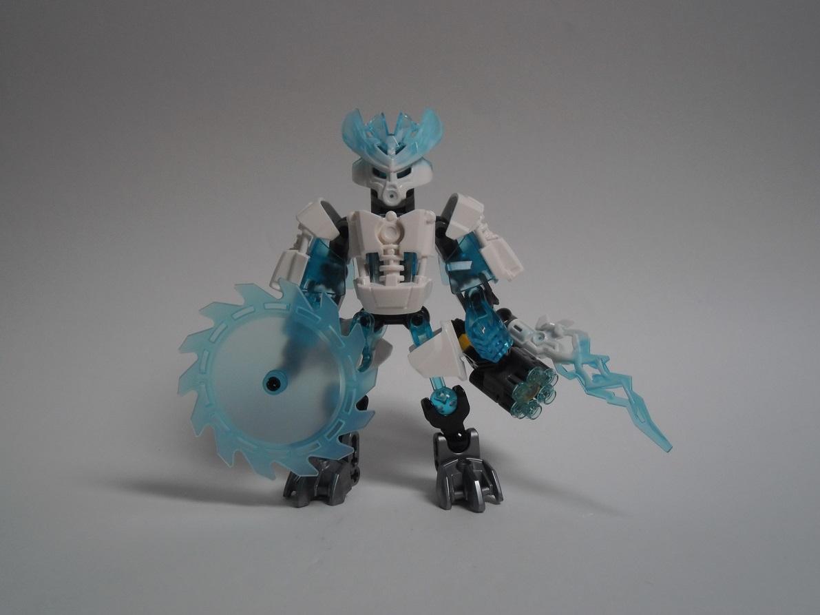 [Revue] LEGO Bionicle 70782 : Protecteur de la Glace Pb260095