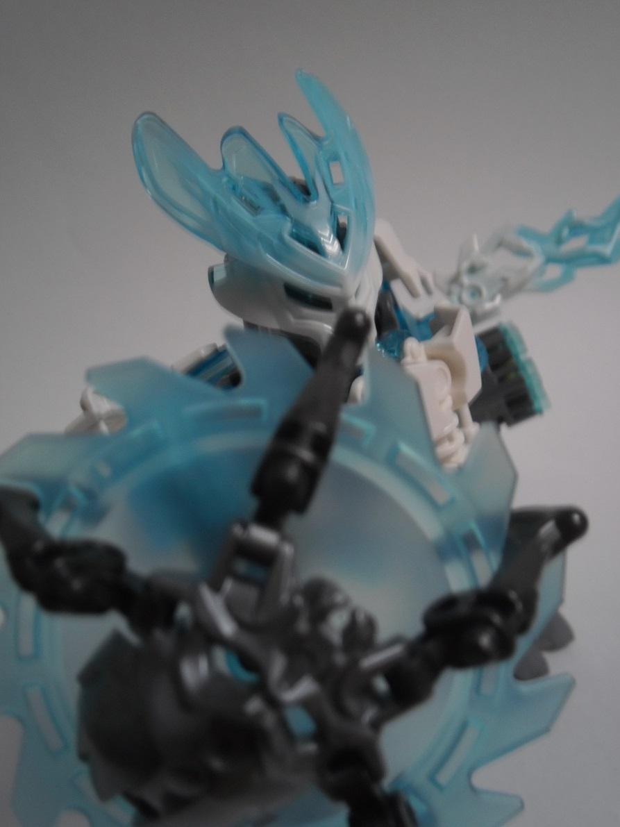 [Revue] LEGO Bionicle 70782 : Protecteur de la Glace Pb260138