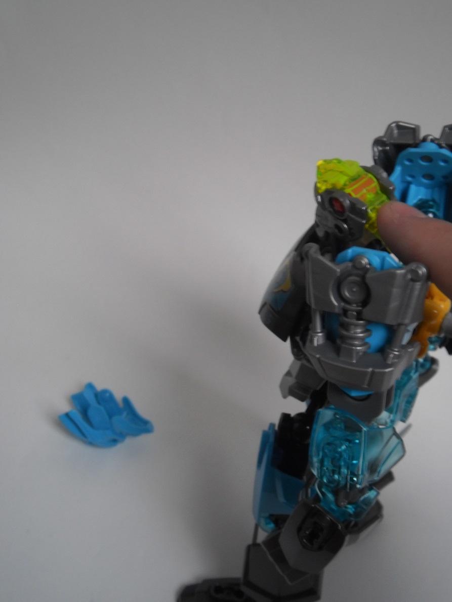 [Revue] LEGO Bionicle 70786 : Gali, Maitre de l'Eau Pb190138