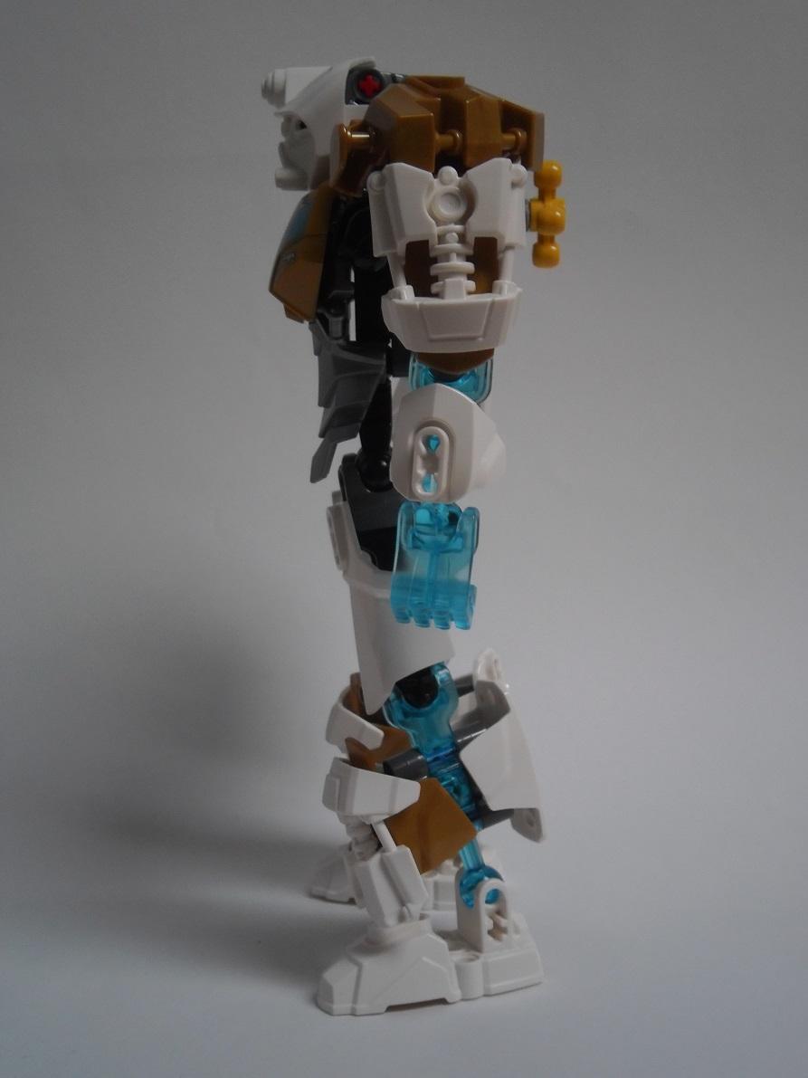 [Revue] LEGO Bionicle 70788 : Kopaka, Maitre de la Glace Pb110087